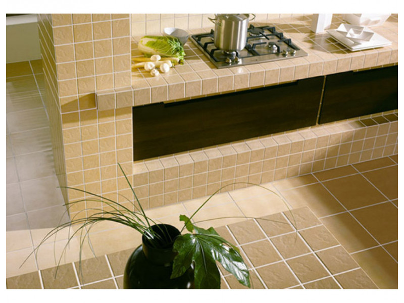 Large ceramic tile